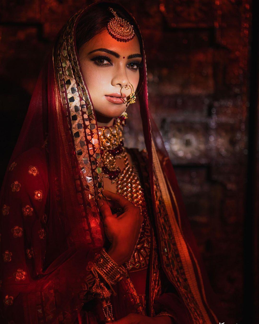 Bollywood Tadka, पूजा बनर्जी इमेज, पूजा बनर्जी फोटो, पूजा बनर्जी पिक्चर