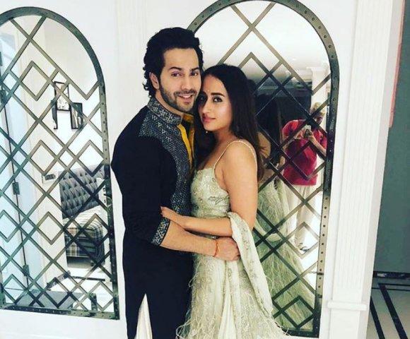 PunjabKesari, Nari, वरुण धवन-नताशा दलाल इमेज, Bollywood Couple Image