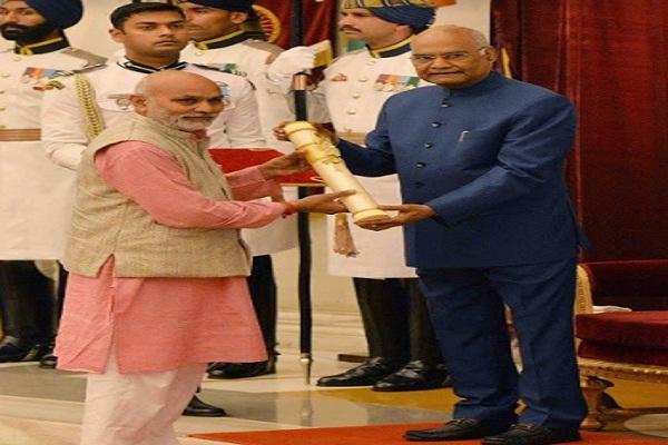 PunjabKesari, padma shri, farmer, award