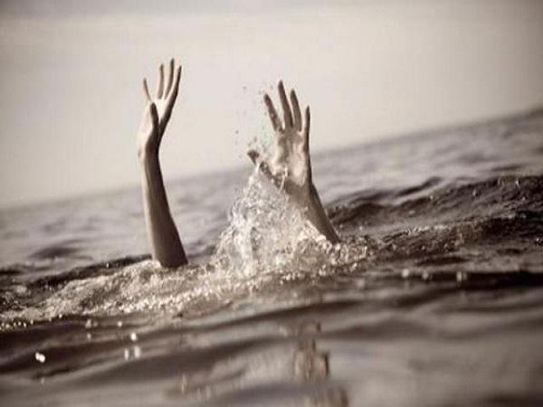 PunjabKesari, Madhya Pradesh News, Sagar News, Death of three girls, drowning in river, death of Goldsmith River, Gadhakota