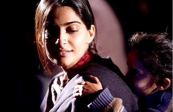 Bollywood Tadka,सोनम कपूर इमेज,सोनम कपूर फोटो,सोनम कपूर पिक्चर
