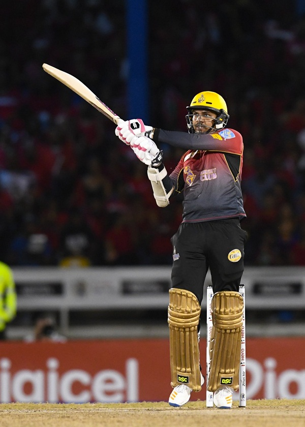 CPL 19: Naren fails Gayle's bat, Shahrukh Khan's team loses