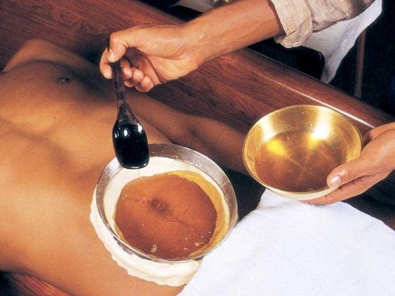 PunjabKesari, Nari, Oiling on betty Botton Image
