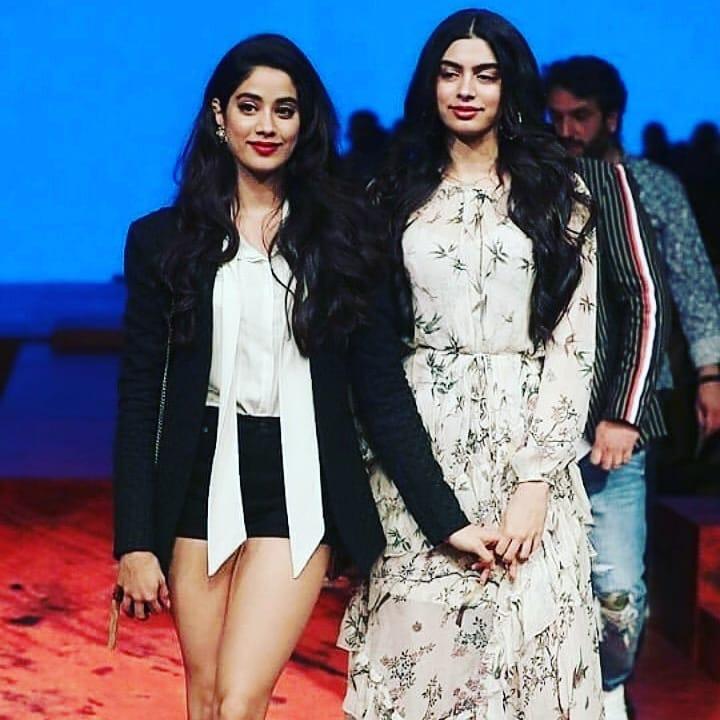 PunjabKesari, kapoor sisters