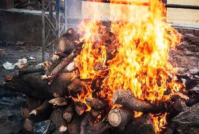 PunjabKesari, Death, Dead body, Garuda Purana Rules, अंतिम संस्कार