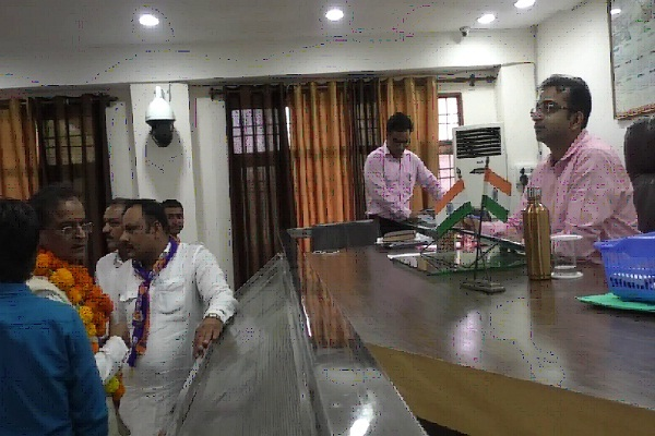 lsp and bsp leader kishan lal missed the nomination due to not reaching the time