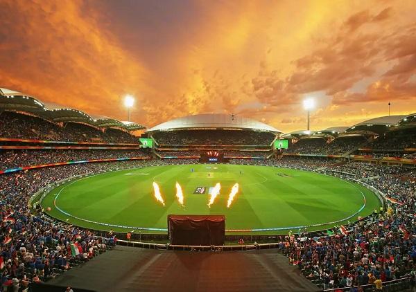 Sachin Tendulkar, Virat Kohli, Indian Cricket Team, Fatest 10000 Run, Records, Cricket News in hindi, सचिन अपने जमाने के बादशाह रहे हैं आैर कोहली माैजूदा समय के, फिर तुलना क्यों?