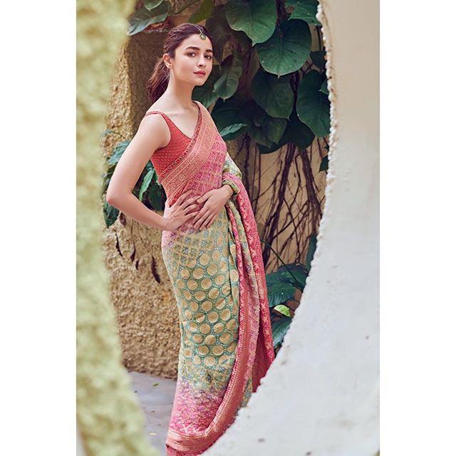 Bollywood Tadkaआलिया भट्ट इमेज, आलिया भट्ट फोटो, आलिया भट्ट पिक्चर