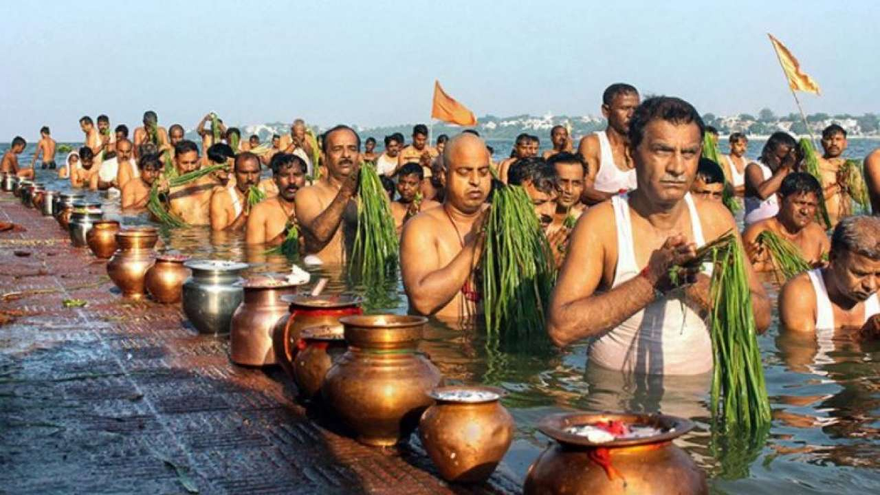 PunjabKesari, Pitru paksha, पितृ पक्ष, पितर तर्पण, Hindu Vrat Upvaas, Vrat Katha In Hindi, Hindu Vrat Tyohar, Vrat This Year Calender, Festivals This Year Calender, हिन्दू त्यौहार