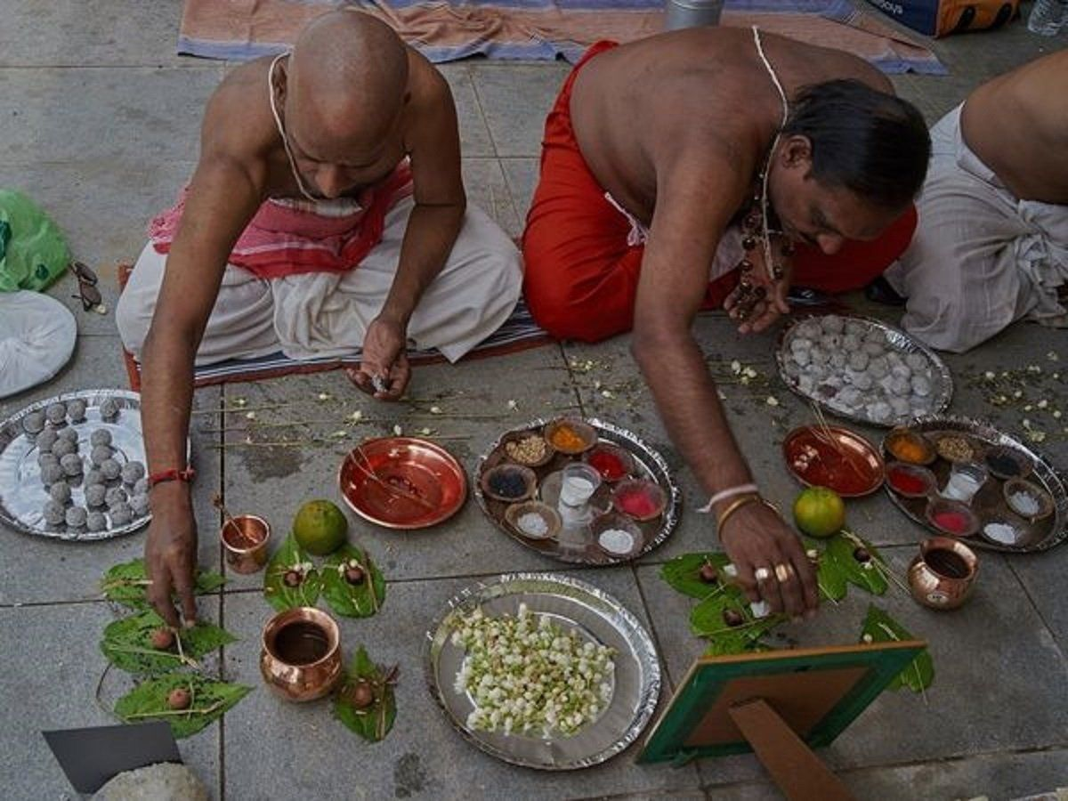 PunjabKesari, Sarv pitru Amavasya 2020, Sarv pitru Amavasya, Sarv pitru Amavasya 2020 Dates and Time, Sarv pitru Amavasya Importance, Sarv pitru Amavasya Tithi, Pitru Paksh, Pitar Paksha, Pitar paksha 2020, Amavasya Tithi