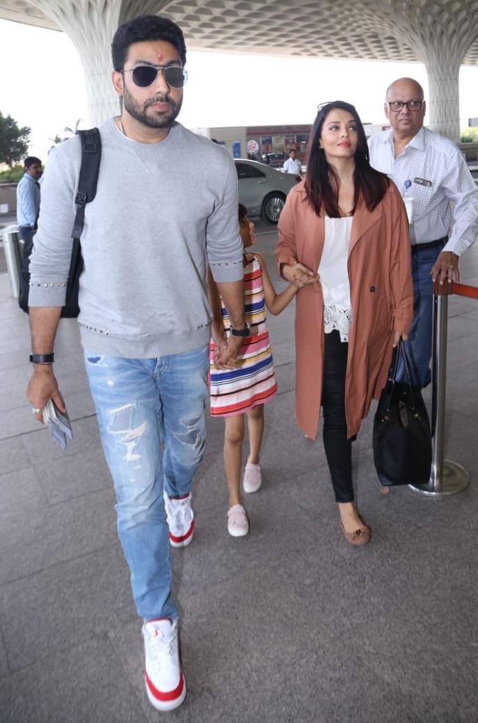 Bollywood Tadka, ऐश्वर्या राय बच्चन इमेज, ऐश्वर्या राय बच्चन फोटो, ऐश्वर्या राय बच्चन पिक्चर, एयरपोर्ट फोटो, एयरपोर्ट पिक्चर, एयरपोर्ट इमेज, अभिषेक बच्चन इमेज, अभिषेक बच्चन फोटो, अभिषेक बच्चन पिक्चर, आराध्या बच्चन इमेज, आराध्या बच्चन फोटो, आराध्या बच्चन पिक्चर