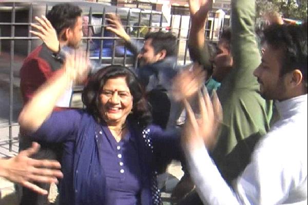 PunjabKesari, Dance