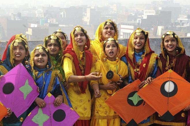 PunjabKesari, Kite Flying