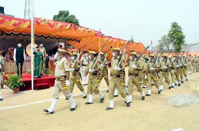 PunjabKesari, Minister Sarveen Chaudhary Image