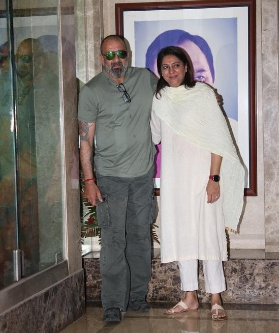 Bollywood Tadka,प्रिया दत्त इमेज,प्रिया दत्त फोटो,प्रिया दत्त पिक्चर,संजय दत्त इमेज,संजय दत्त फोटो,संजय दत्त पिक्चर