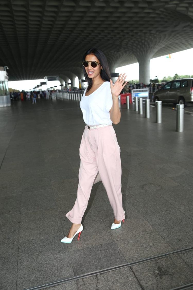 Bollywood Tadka, Sonal Chauhan