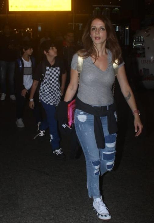 Bollywood Tadka , सुजैन खान इमेज, सुजैन खान फोटो, सुजैन खान पिक्चर