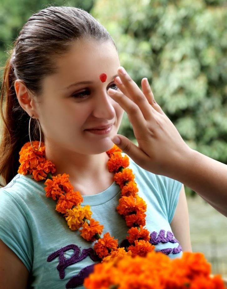 PunjabKesari, Bindi for women, Nari