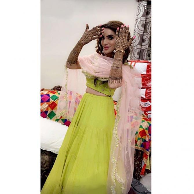 PunjabKesari, Yuvraj Mansi Wedding Image, Mansi Sharma Bridal Look