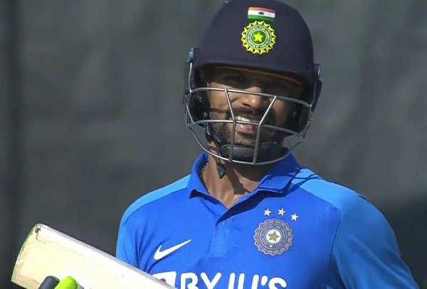 Shikhar Dhawan said - Did not know 4 runs were required for a century