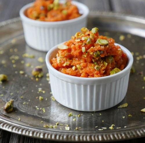 PunjabKesari, Nari, carrot halwa recipe , gajar ka halwa Image
