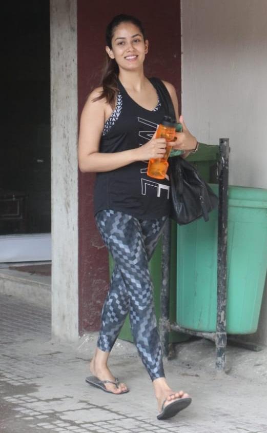 Bollywood Tadka, मीरा राजपूत इमेज, मीरा राजपूत फोटो, मीरा राजपूत पिक्चर