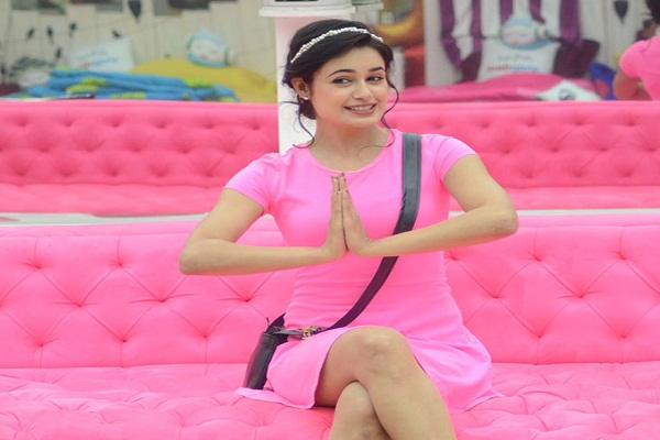Bollywood Tadka, Yuvika Chaudhary Images