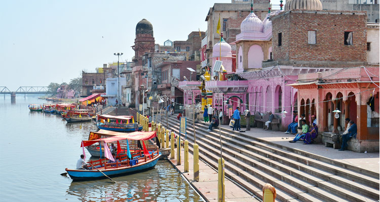 PunjabKesari, yum dwitiya, yum dwitiya 2020, bhai dooj, bhai dooj 2020, Mathura Vishram Ghat, Vishram Ghat, vishram ghat mathura history, Covid 19, vishram ghat history, Dharmik sthal, Religious place in india
