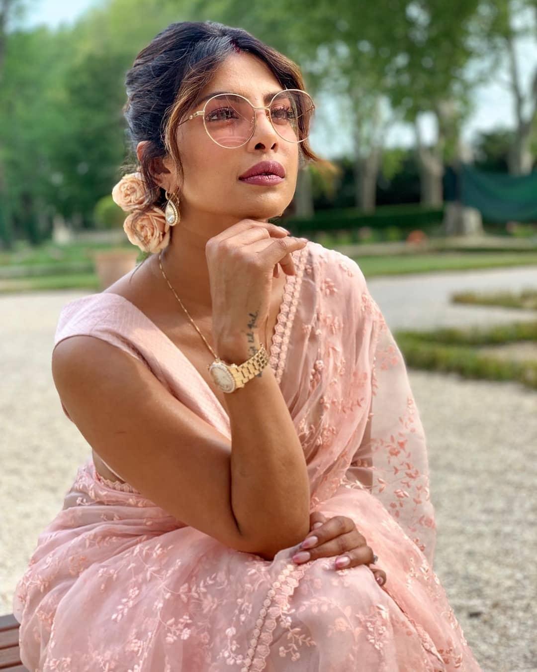 Bollywood Tadka, प्रियंका चोपड़ा इमेज, प्रियंका चोपड़ा फोटो, प्रियंका चोपड़ा पिक्चर