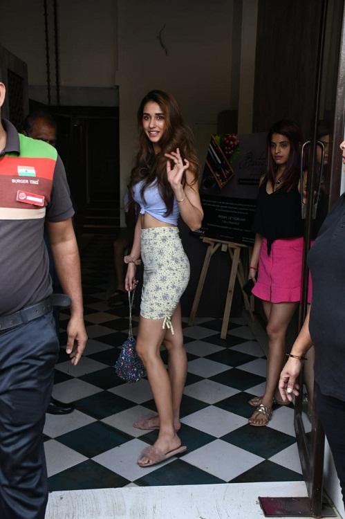 Bollywood Tadka, Disha Patani Images, Disha Patani Pictures, Disha Patani Photos