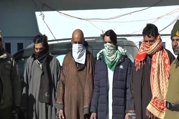 consignment 5 crore heroin recovered bhadarwah 4 smugglers arrested