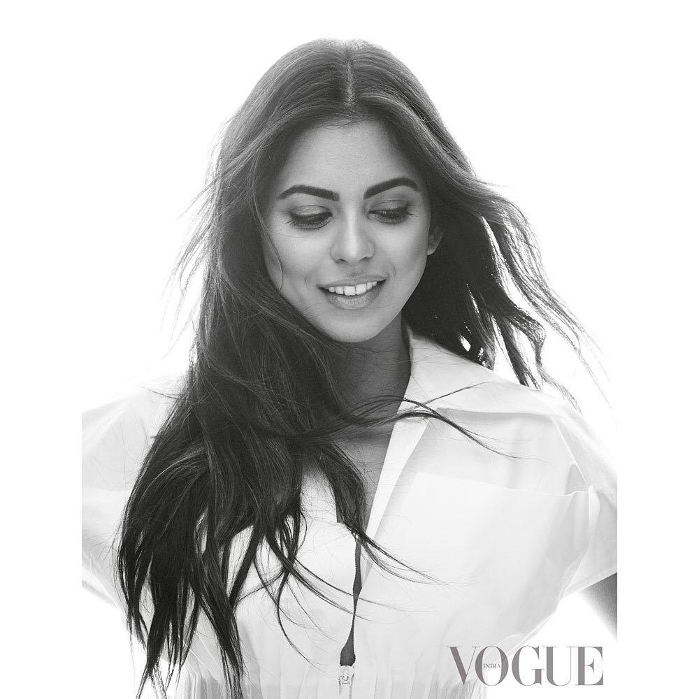 Bollywood Tadka, ईशा अंबानी इमेज, ईशा अंबानी पिक्चर, ईशा अंबानी फोटो