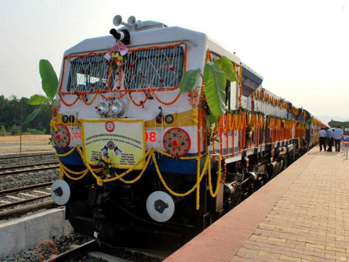 PunjabKesari, lifeline train in tripura