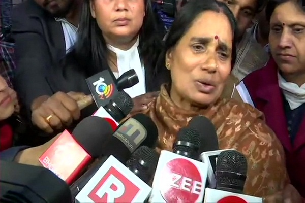 nirbhaya case nirbhaya s mother said what the perpetrator wanted was done