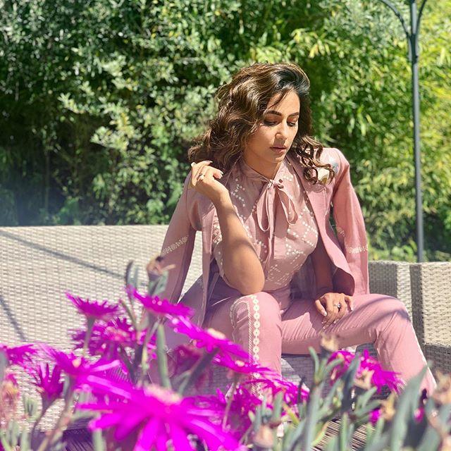 Bollywood Tadkaहिना खान इमेज, हिना खान फोटो, हिना खान पिक्चर