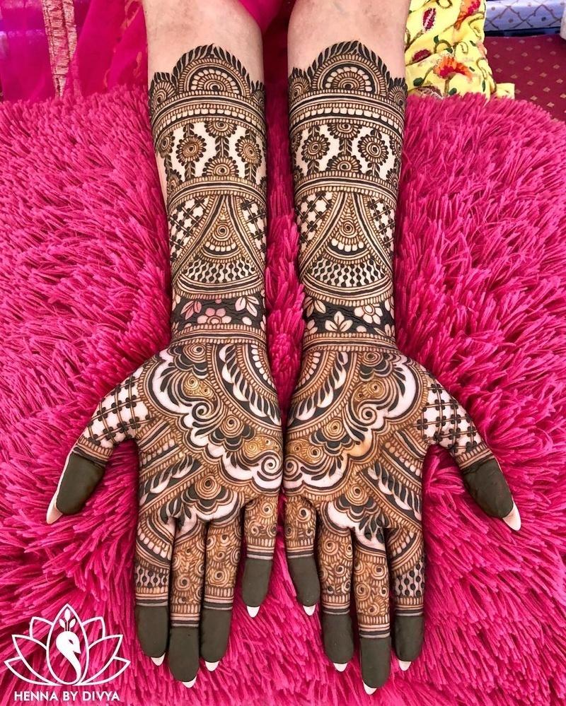 PunjabKesari,इंडियन मेहंदी डिजाइन इमेज, Indian bridal mehndi design