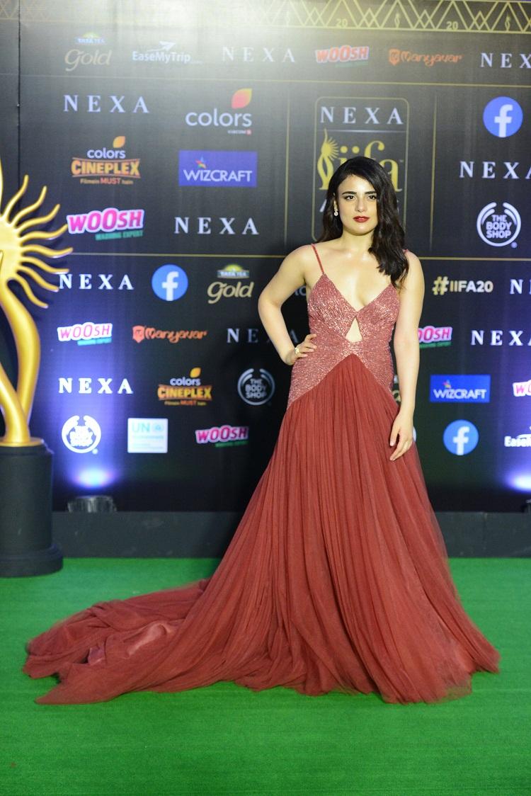 Bollywood Tadka, Radhika Madan IIFA