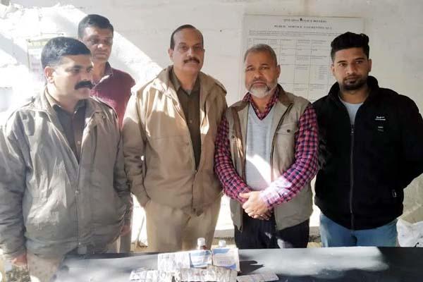 PunjabKesari, Police And Drug Inspector Image
