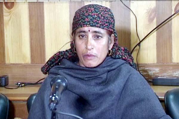 PunjabKesari, Missing Boy Mother Image