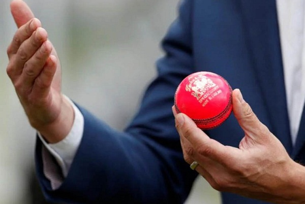 SG Pink ball vs kookaburra Ball : Know all the aspects of Day night test