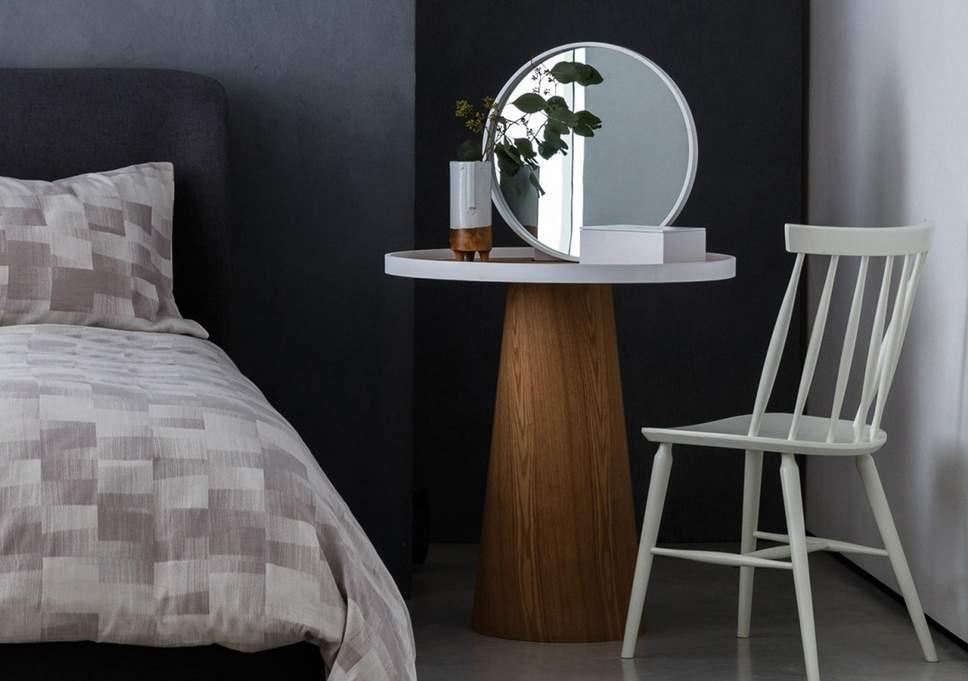 PunjabKesari, dressing table in bedroom