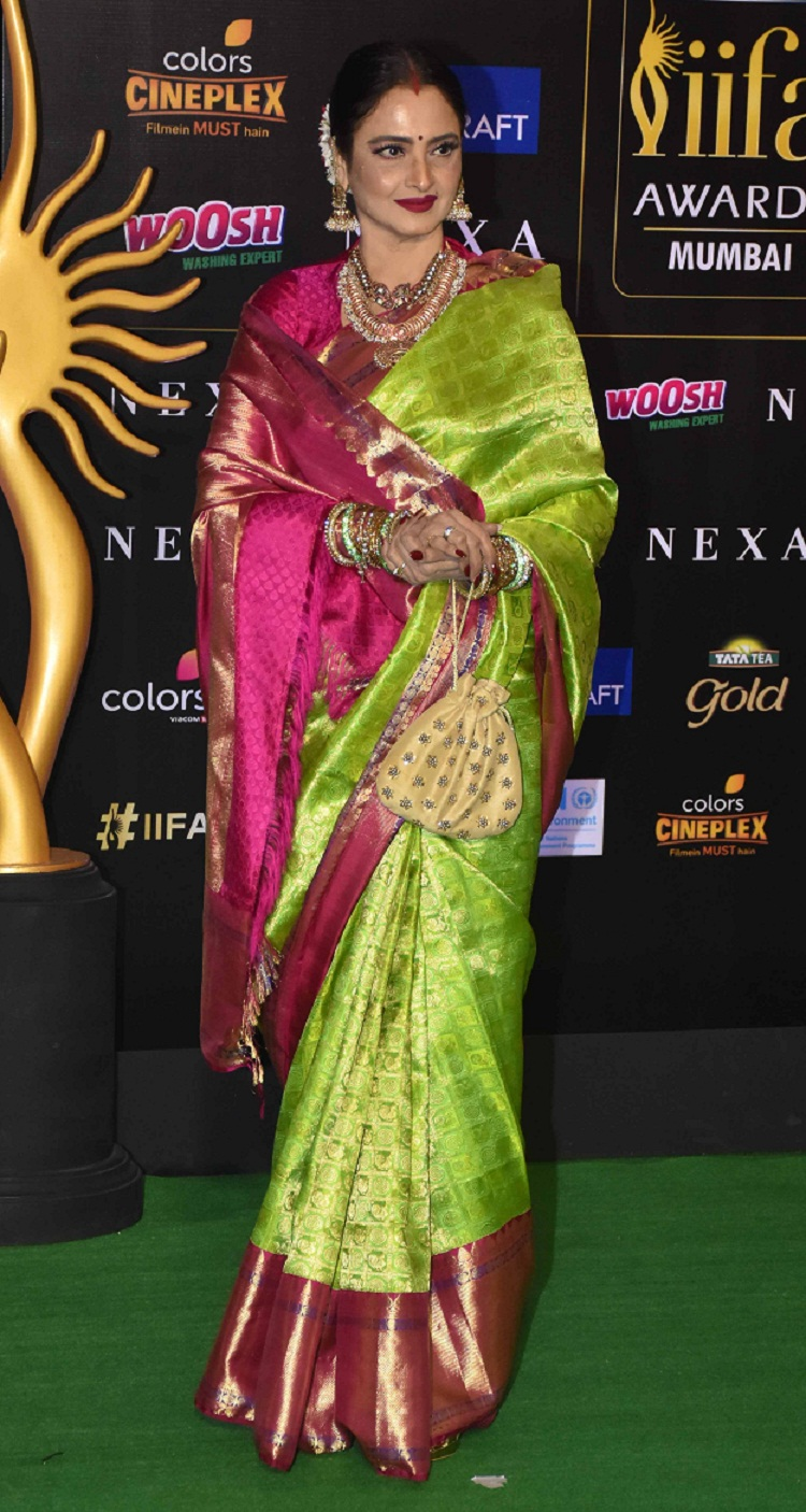Bollywood Tadka, रेखा इमेज, रेखा फोटो,रेखा पिक्चर,