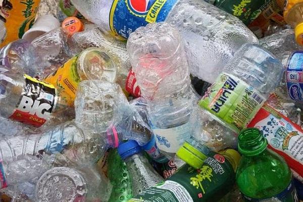 rally for single use plastic ban