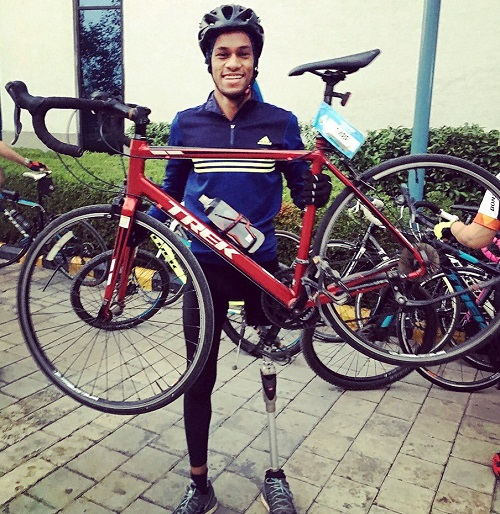 Himanshu want to makes world records but has no financial help