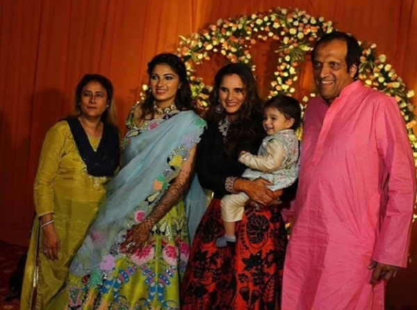 Sania mirza sister Anam mirza mehndi ceremony Photo reveled