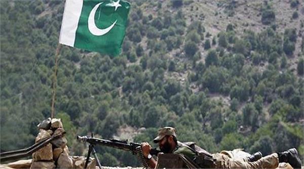 cfv by pak in poonch one killed