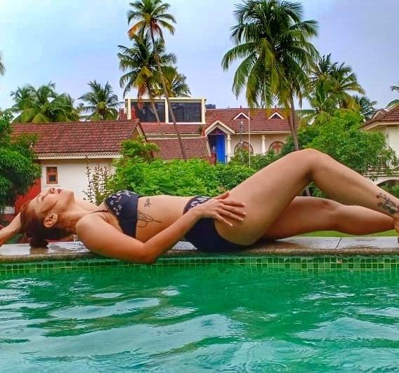 Bollywood Tadka, जसलीन मथारू इमेज, जसलीन मथारू फोटो, जसलीन मथारू पिक्चर