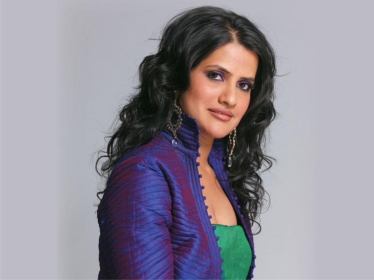 Bollywood Tadka, Sona Mohapatra Images, Sona Mohapatra Photos,  Sona Mohapatra Pictures