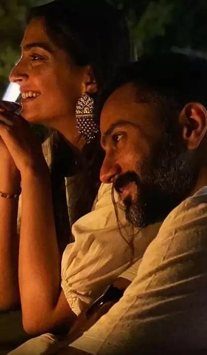 Bollywood Tadka, Sonam Kapoor Images