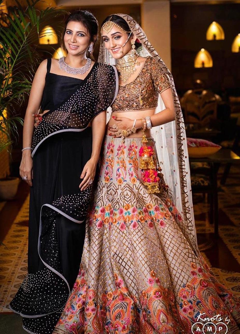 Bollywood Tadka, तान्या मल्हौत्रा इमेज, तान्या मल्हौत्रा फोटो, तान्या मल्हौत्रा पिक्चर